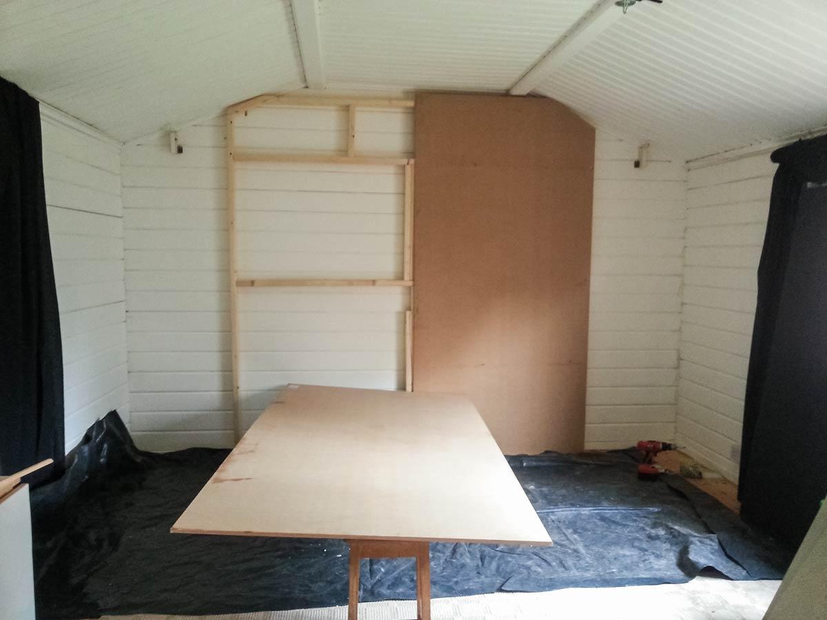 Building a DIY studio background